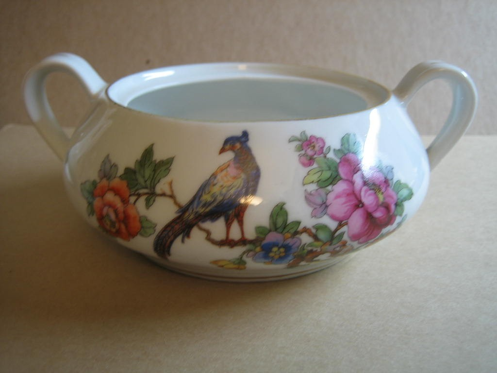 Vintage European Chinoiserie Exotic Bird Roses Small Lidded Bowl Center www.DecorativeDishes.net