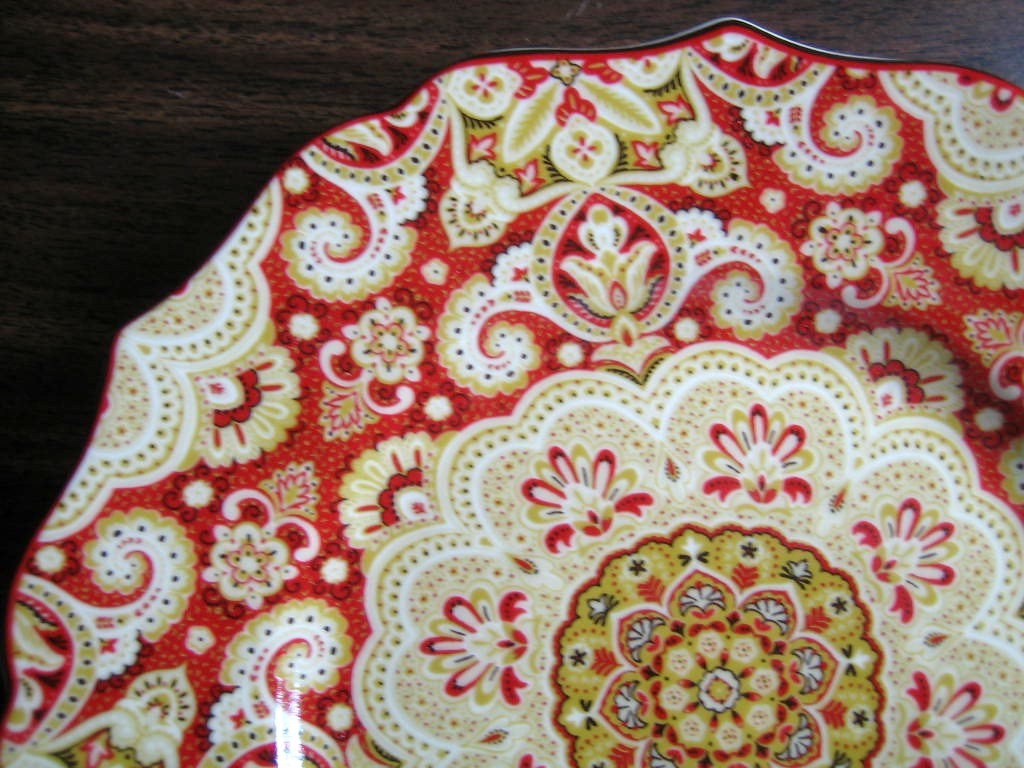 Decorative Plate - Exotic Red Gold Medallion Mehndi Paisley Medium Size Edge www.DecorativeDishes.net