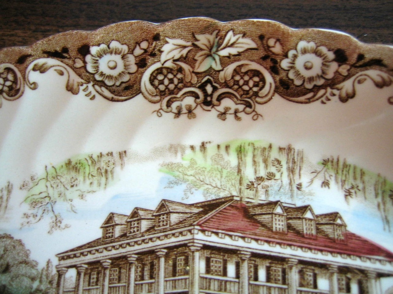 Brown Toile Southern Belle Spanish Moss Mansion Dogs Horse Small Oval Plate