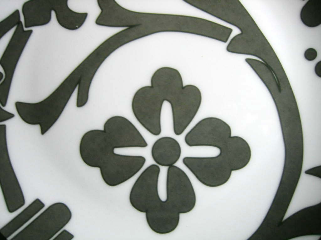 Gray on White Damask Exotic Wallpaper Scroll Decorative Plate C Center www.DecorativeDishes.net