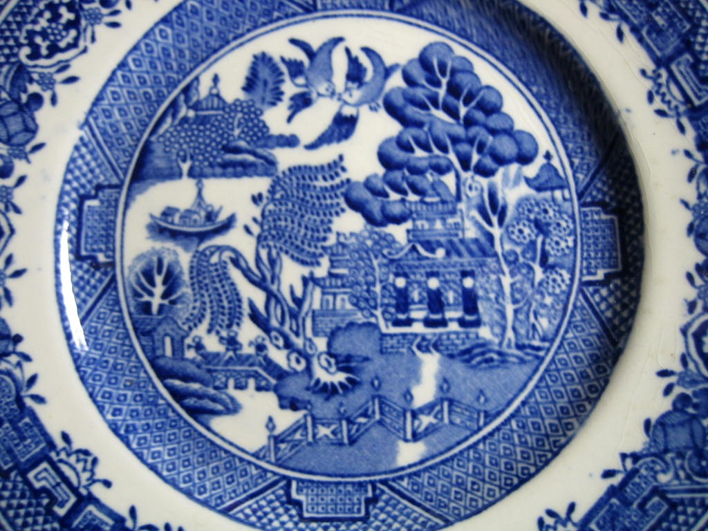 OLD Flow Blue White Chinoiserie Exotic Birds English Plate S Center www.DecorativeDishes.net