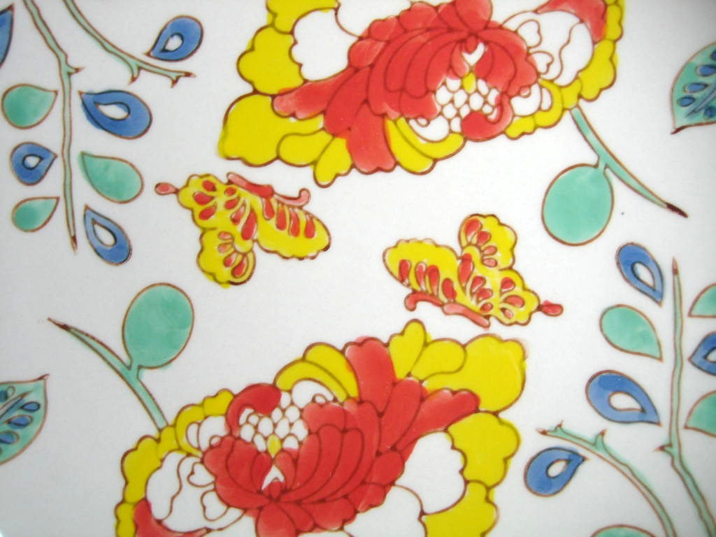 Mayabi Chinoiserie Lotus Butterfly Medium Plate Center www.DecorativeDishes.net