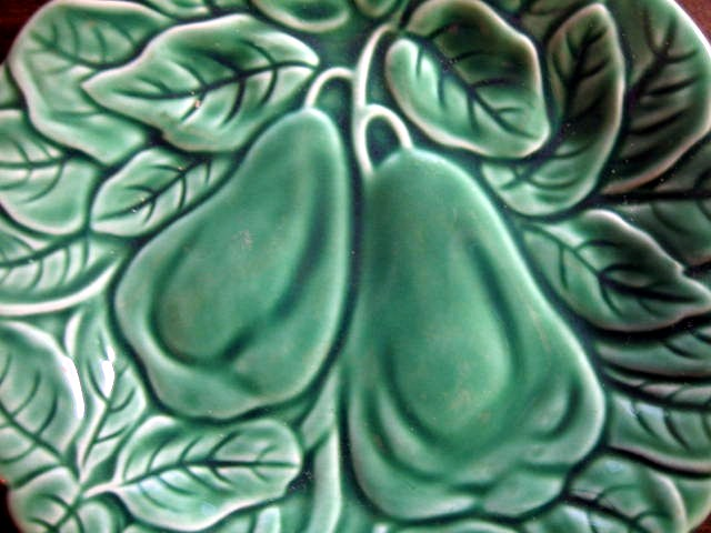 Bright Green Lush Leaves Pears Majolica Vintage Plate Center www.DecorativeDishes.net