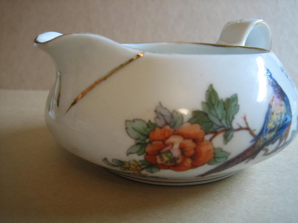 Vintage European Chinoiserie Exotic Bird Roses Small Pitcher Center www.DecorativeDishes.net
