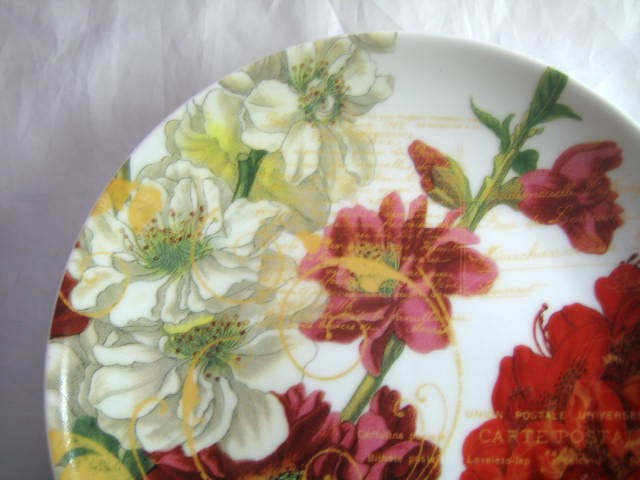 Red White Flowers Green Gold Script Botanical Plate Edge www.DecorativeDishes.net