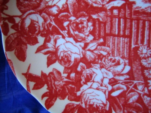Sweeet Toile Red Roses White Birds Doves Daisy Plate Rosanna