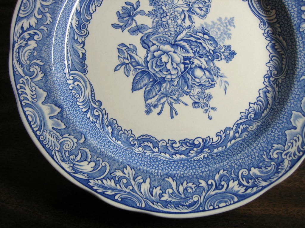 Decorative Plate - Blue Toile Rose Bouquet Scroll Edge  Edge www.DecorativeDishes.net