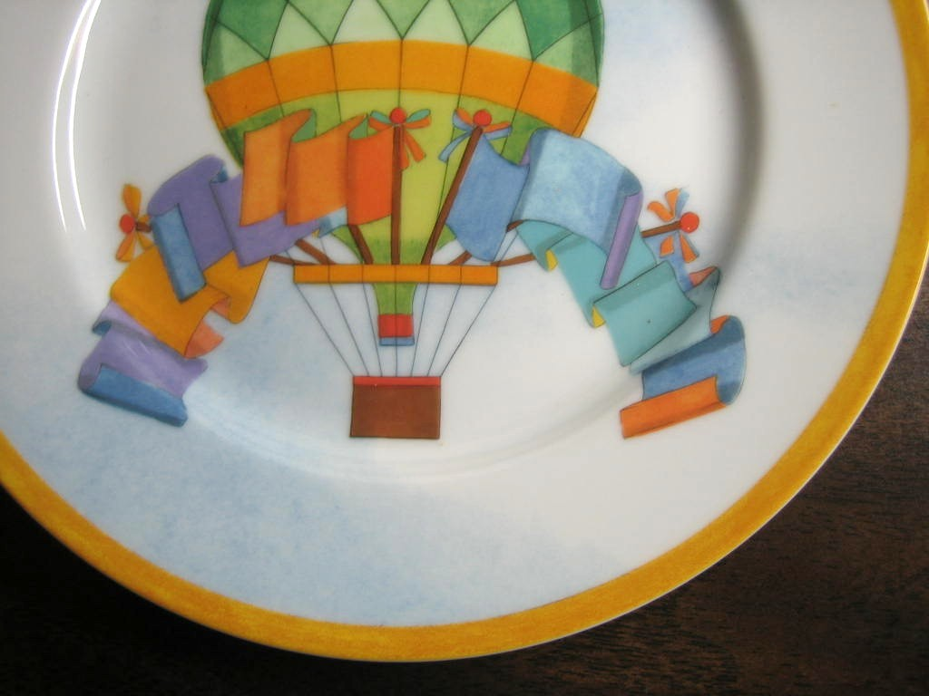 Whimsical Green Hot Air Balloon Flags Sky Gold Edge Plate Japan  Edge www.DecorativeDishes.net