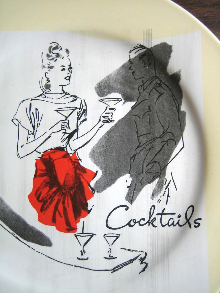 Retro Cocktails Hostess Apron Yellow Retired Rosanna Plate Center www.DecorativeDishes.net