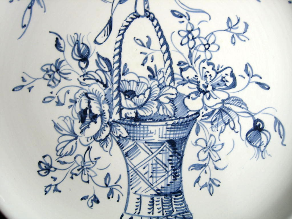 Blue Hand Drawn Victorian Basket Bow Made in Italy Plate Ethan Allen