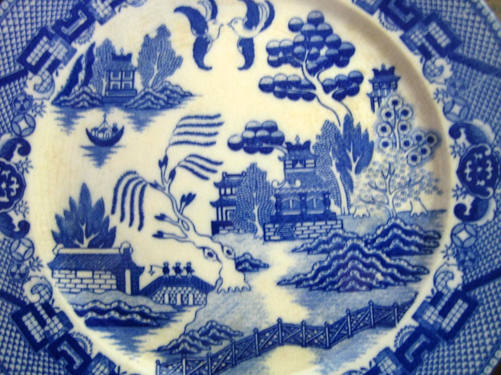 Blue White Chinoiserie Exotic Bird Japan Willow Plate OLD Center www.DecorativeDishes.net