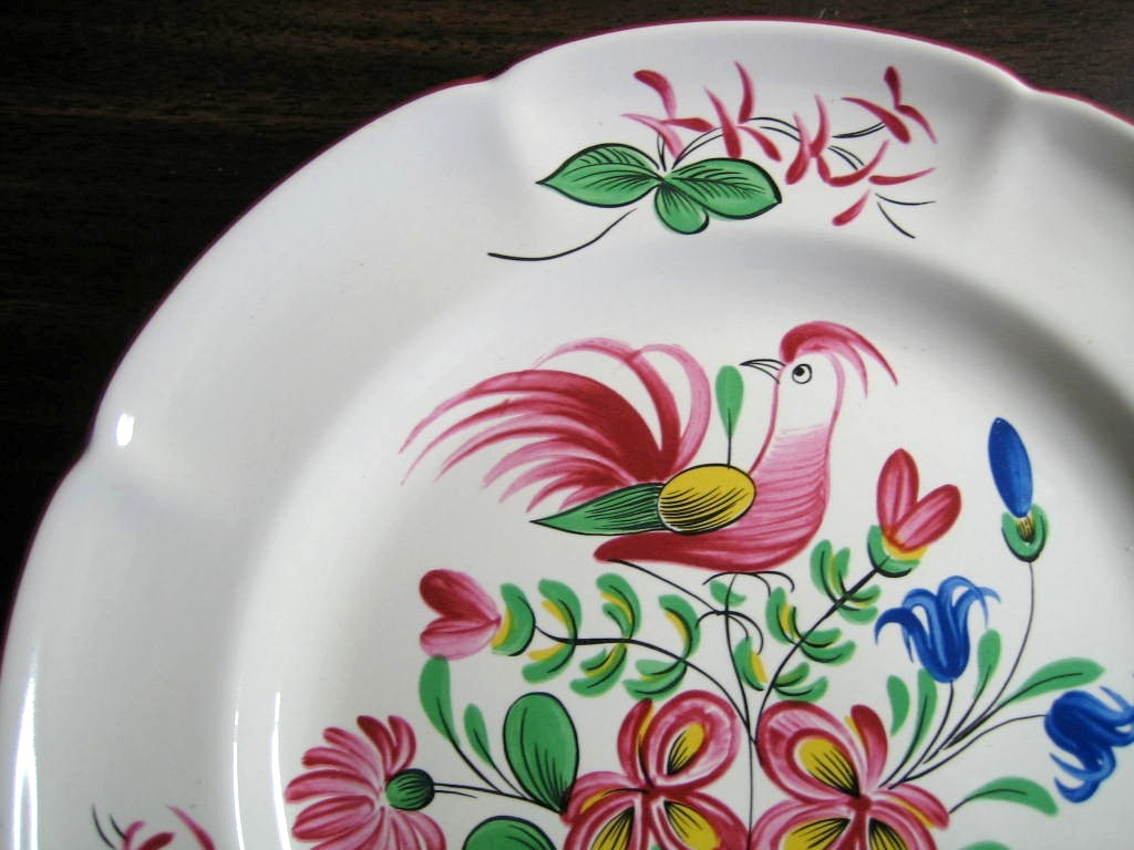 French Folk Art Pink Bird Basket Scalloped Edge Plate Edge www.DecorativeDishes.net