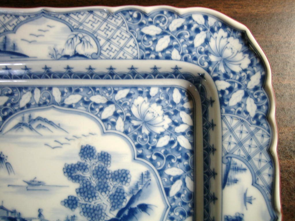 Blue White Chinoiserie Pictoral Detail Rectangle Tray Bowl Edge www.DecorativeDishes.net