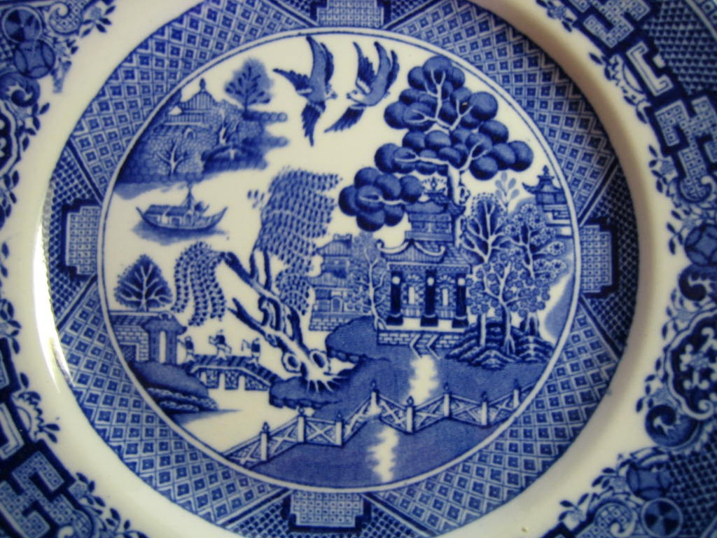 OLD Flow Blue White Chinoiserie Exotic Birds English Willow Plate L Center www.DecorativeDishes.net