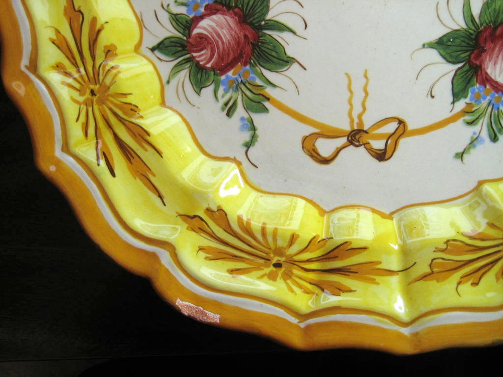 Vintage Roses and Bows Golden Scalloped Italy Italian Platter Edge www.DecorativeDishes.net
