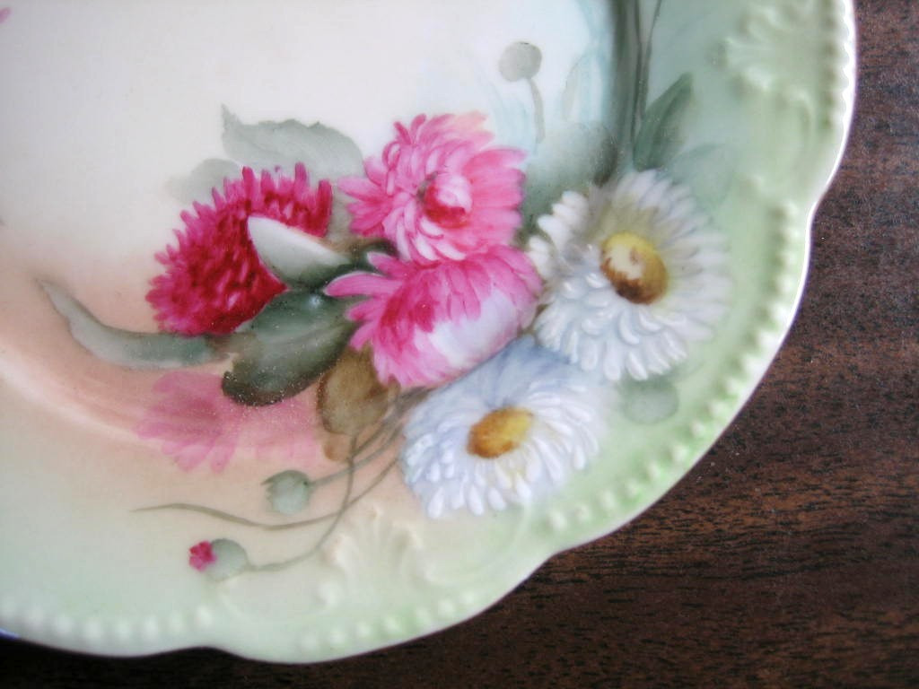 Antique Hand Painted Pink Pink Daisy French Limoges Porcelain Plate Center www.DecorativeDishes.net