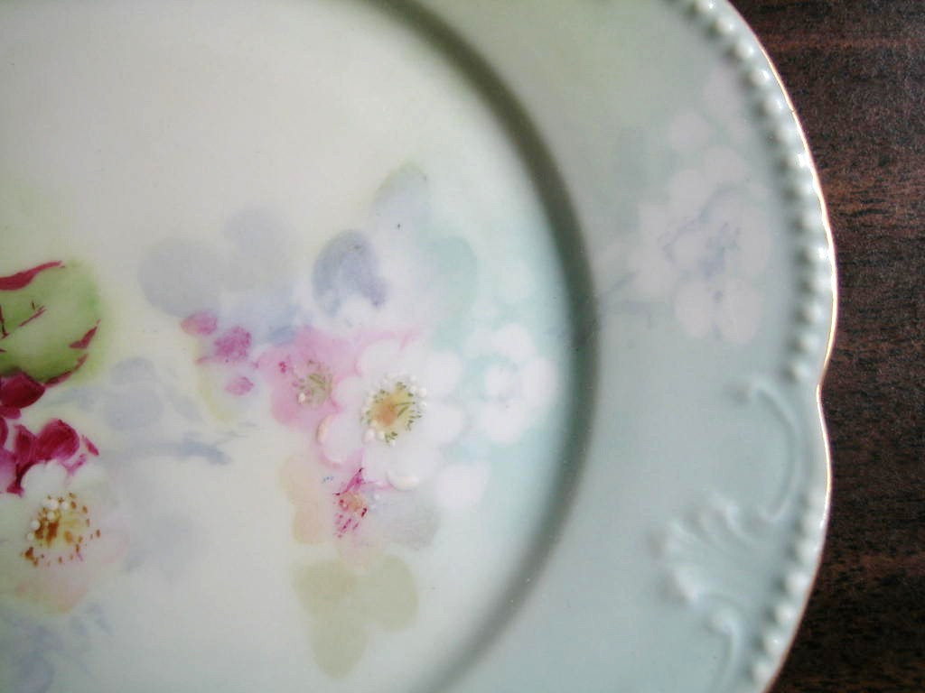 Antique Hand Painted Pink Pink Posies French Limoges Porcelain Plate Edge www.DecorativeDishes.net