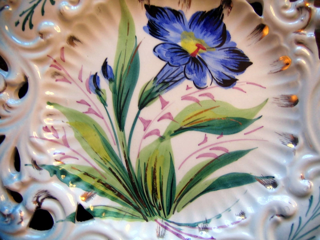 Vintage Decorative Plate - Aqua Pierced Blue Flower Gold Leaf Handpainted in Italy Center www.DecorativeDishes.net