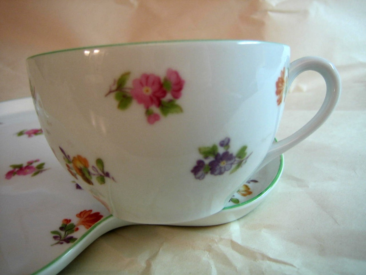 Vintage Nippon Fine China Sweet Flower Cup Tray Snack Tennis Tea Set Edge www.DecorativeDishes.net