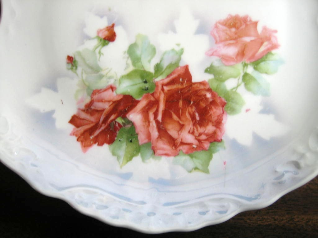 Antique Red Rose Decal Air Brushed Stencil Iridescent Handled Tray Center www.DecorativeDishes.net