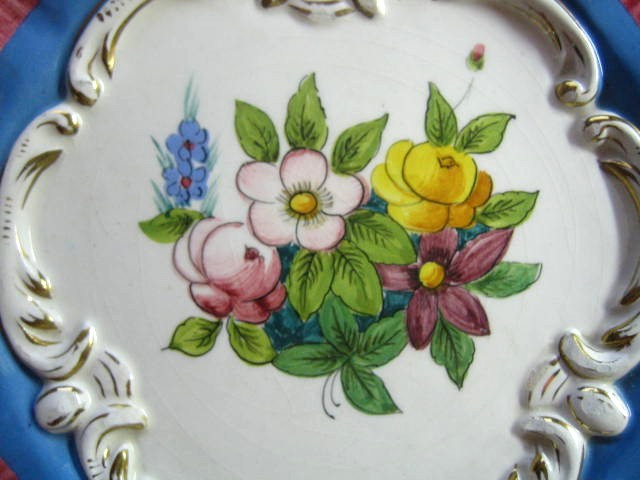 Pink Blue Gold Handpainted Rose Scroll Made in Italy Plate Center www.DecorativeDishes.net