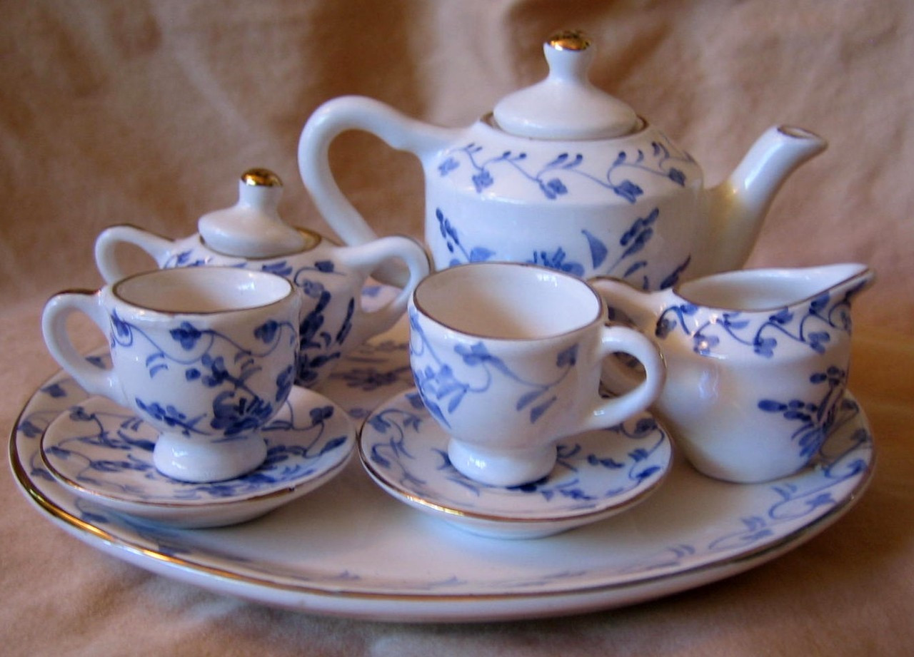 Doll Tea Set - Elegant Miniature Blue White Gold Leaf Teapot Cups Sugar Creamer Tray Center www.DecorativeDishes.net