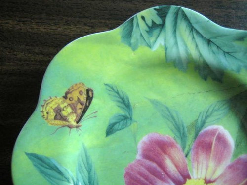 Spring Green Butterfly Bee Plum Daisy Plate Edge www.DecorativeDishes.net
